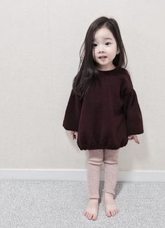 Chinta na Karo. Fashion Kids, Toddler Fashion, Toddler Outfits, Girl Outfits, Cute Little Baby, Cute Baby Girl, Little Babies, Baby Boy, Cute Asian Babies