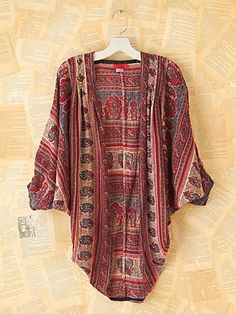 Vintage Circle Cardigan/Shawl  -sold out on free people  -love the shape of this piece-> diy?