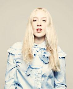 Chloe Sevigny, Ruffle Blouse, Tops, Women, Fashion, Moda, Fashion Styles, Fashion Illustrations, Woman