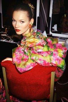 Kate Moss, 1990's OMG she looks so amazing here I can't even.....