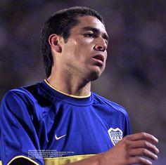 Real Madrid, Athletic, Roman, Che Guevara, Argentina, Cute Boys, Gold, Blue, Athlete