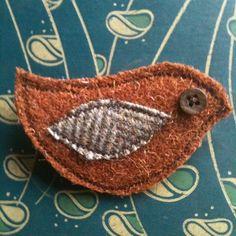 Tweedie Birdie Brooch - Folksy