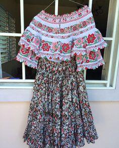 otra pequeña cliente satisfecha con su montuna y nosotros complacidos de crear esta hermosa montuna para ella
