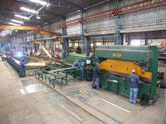 Interior de la Planta de Soldadura y Fabricación de Estructuras Metálicas