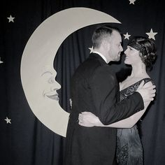 Roaring Twenties Party: I like the photobooth idea.