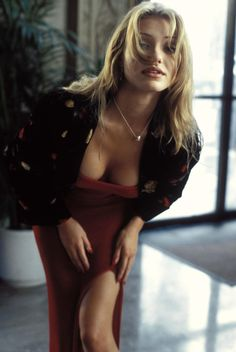 Cameron Diaz, (The Mask - Stunning picture)