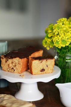 VEGAN ΚΕΙΚ ΜΕ ΣΟΚΟΛΑΤΑ ΚΑΙ ΦΟΥΝΤΟΥΚΙΑ (ΧΩΡΙΣ ΓΛΟΥΤΕΝΗ) | Cool Artisan Cake Cookies, Healthy Recipes, Healthy Food, French Toast, Muffin, Gluten Free, Pudding, Baking, Breakfast