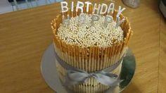 Caramel cake Caramel, Birthday Cake, Baking, Desserts, Food, Sticky Toffee, Tailgate Desserts, Candy, Deserts
