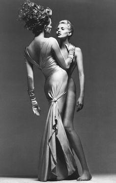 Versace Spring 1995 ph. Richard Avedon Models Nadja Auermann, Kristen McMenamy