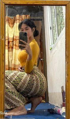 Model Girl Photo, Asian Model Girl, Beautiful Asian Women, Beautiful Indian Actress, Burmese Girls, Myanmar Women, Curvy Girl Outfits, Sexy Asian Girls, Nice