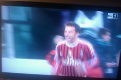 Ok ok soccer..but this is a real oddity. Del Piero wore red and black tonite.