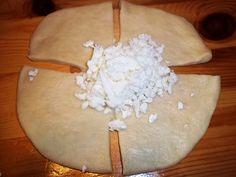 Τα πιό απαλά και αφράτα ζαμπονοτυροπιτάκια – λουλουδάκια! - Toftiaxa.gr Cheese Pies, Camembert Cheese, My Recipes, Love Food, Donuts, Picnic, Food And Drink, Dairy, Cookies