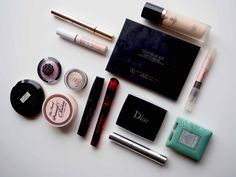 OSTOLAKOSSA: Lempparimeikkituotteeni juuri nyt. Contour Kit, Dior, Dior Couture
