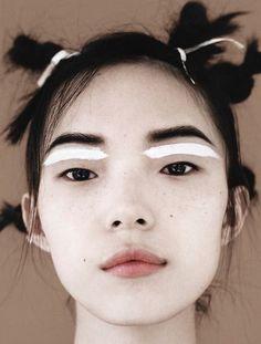 unconventional makeup !!