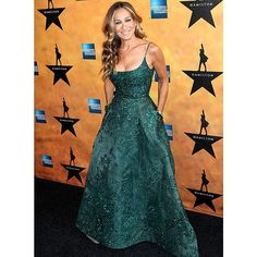 @sarahjessicaparker's gown is making us green with envy. #lastnightslook | : MediaPunch/Rex