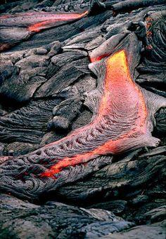 Pahoehoe lava flow, by Pete Mouginis-Mark, University of Hawaii