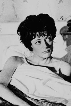 Philpot - The pumpkin Eater - 1964 # Maggie Smith Young, The Pumpkin Eater, Audrey Fluerot, British Actors, Actors & Actresses, Fangirl, Aussies, Healthy Mind, Relationships