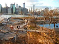 Squibb Park Bridge // Brooklyn Heights, NYC // Designed and constructed by Ted Zoli of HNTB, Squibb Park Bridge provides a much-needed link over the BQE to connect Brooklyn Heights to Brooklyn Bridge Park.