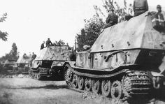 Ferdinand nr 112 near the camera , 90 Ferdinand`s took part in Zitadelle , and some 40 are lost in minefield`s , enemy fire or blown up by their own crew`s - no recovery was available