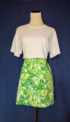 Hey, I found this really awesome Etsy listing at https://www.etsy.com/listing/520232898/vintage-1960s-funky-floral-paisley-mini
