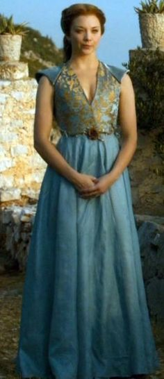 Margaery Tyrell - GoT/ASOIAF (Rose Belt Dress, Front View Full Length)