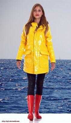 Regenmantel & Gummistiefel 34 Vinyl Raincoat, Yellow Raincoat, Wellies Rain Boots, Rainy Day Fashion, Leather High Heel Boots, Yellow Coat, Rain Gear, Wellington Boot, Red Boots