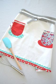 How to make a tea towel apron! So easy! Grab the kit at JoAnn