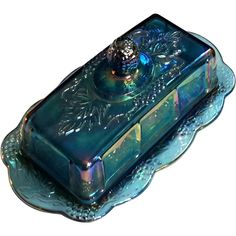 Vintage Blue Carnival Glass Covered Butter Dish $30 Antique Dishes, Antique Glassware, Vintage Dishes, Blue Carnival Glass, Blue Dishes, Vintage Carnival, Indiana Glass, Fenton Glass, Glass Collection