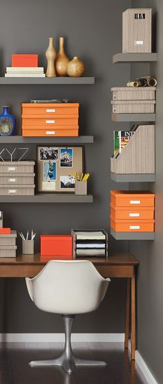 Add a refined sense of style to any office with our Parker Desktop Collection.