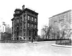 Daytonian in Manhattan: The Lost George Ehret Mansion -- No. 1197 Park Avenue. Read the story..