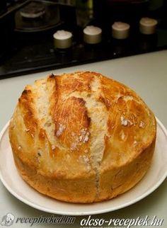 home made bread Snack Recipes, Dessert Recipes, Cake Recipes, Cooking Recipes, Desserts, English Bread, English Food, Slovakian Food, Salty Cake