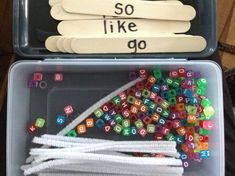 Sight Word Dice – Miss Kindergarten Sight Word building with letter beads. Write the words on jumbo craft sticks, then provide kids with a letter bead box and pipe cleaners. Teaching Sight Words, Sight Word Practice, Sight Word Activities, Sight Word Centers, Spelling Practice, Spelling Ideas, Teaching Letters, Preschool Literacy, Sensory Activities