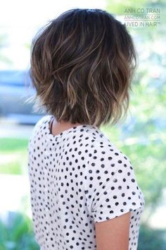 Are you going to balayage hair for the first time and know nothing about this technique? We've gathered everything you need to know about balayage, check! Choppy Bob Hairstyles, Mom Hairstyles, Hairstyle Ideas, Hairstyles 2018, Trending Hairstyles, Latest Hairstyles, Wavy Medium Hairstyles, Textured Bob Hairstyles, Japanese Hairstyles