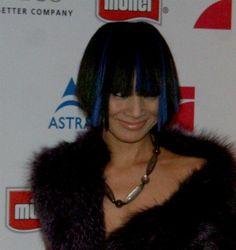 Bai Lings blue streaks
