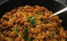 Makaronimössö on retroruokien parhaimmistoa Food Cravings, Pasta Dishes, Risotto, Rice, Beef, Chicken, Dinner, Koti, Ethnic Recipes