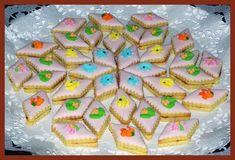 HAJANY - Recepty - Cukroví - 23 receptů s obrázky Christmas Cookies, Sugar, Desserts, Food, Xmas Cookies, Tailgate Desserts, Deserts, Christmas Crack, Christmas Biscuits