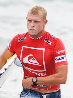 """Michael Eugene """"Mick"""" Fanning, nicknamed """"White Lightning"""", is an Australian professional surfer and dual world champion. Fanning won both the 2007 and 2009 ASP World Tour.He was born in Penrith, New South Wales on 13 June 1981[1][2] to Irish parents."""