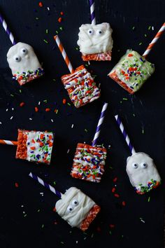 Halloween Marshmallow Treats | My Baking Addiction