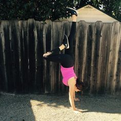 Workin on my Handstand! Maya Angelo, Handstand, Sporty, Lifestyle, Health, Fashion, Health Care, Fashion Styles, Handstands