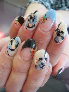 pretty japanese nail art