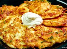 Enjoy Your Meal, Mashed Potatoes, Dinner Recipes, Food And Drink, Pizza, Cooking Recipes, Cheese, Meat, Breakfast