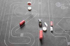 #play [http://www.kleinformat-mag.net]