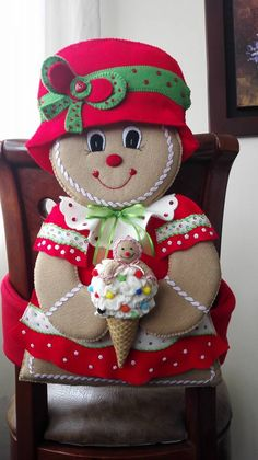 Best 12 Molde papai noel para imprimir - Criativo Ok Christmas Chair, Felt Christmas Stockings, Christmas Projects, Christmas Home, Felt Ornaments, Christmas Ornaments, Denim Crafts, Sewing Projects For Kids, Christmas Embroidery