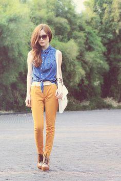 Forever 21 Pants, Oasap Leopard Wedges, Zara White Bag