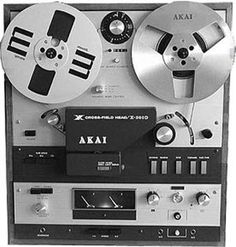 Akai tape player