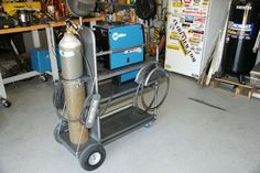 ONE OF THE BEST WELDING CARTS THAT I HAVE EVER SEEN.