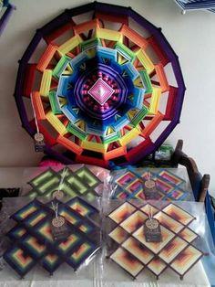 Mandalas Painting, Mandala Art, Fun Crafts, Diy And Crafts, Arts And Crafts, God's Eye Craft, Arte Linear, Southwestern Art, String Art Patterns