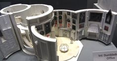 Dumbledore's Office - Dumbledore's Office white card model. --- #Theaterkompass #Theater #Theatre #Schauspiel #Tanztheater #Ballett #Oper #Musiktheater #Bühnenbau #Bühnenbild #Scénographie #Bühne #Stage #Set