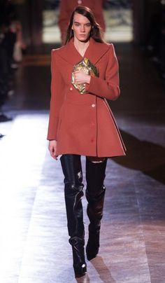Carvén (Modella: Megan Thompson) | Fall/Winter 2014-2015 Trendy Boots | #runway #outfit #inspiration #fashion