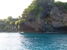 Moonhole, Bequia - St. Vincent and the Grenadines